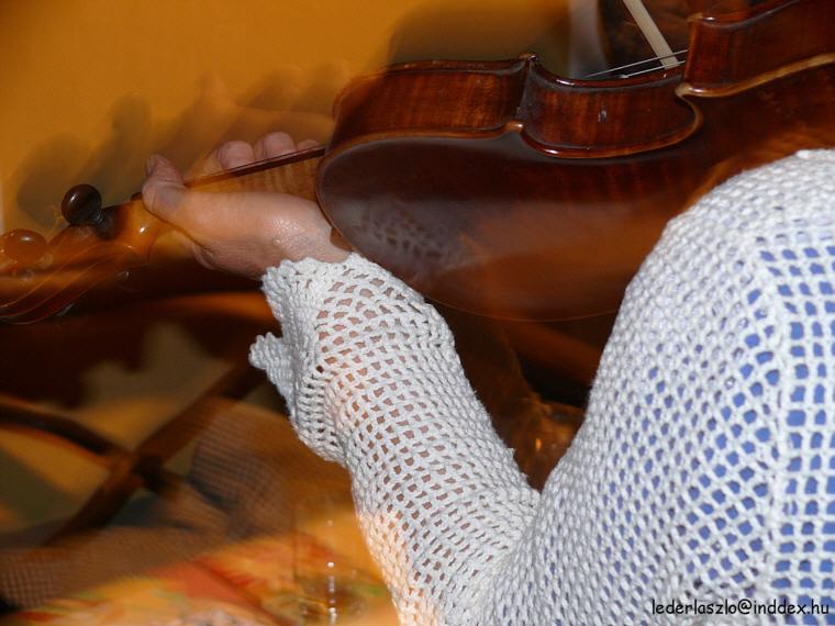 Lebegő muzsika