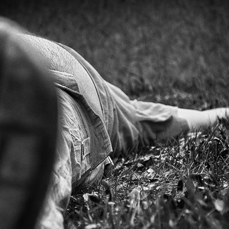 Pihenés a fűben