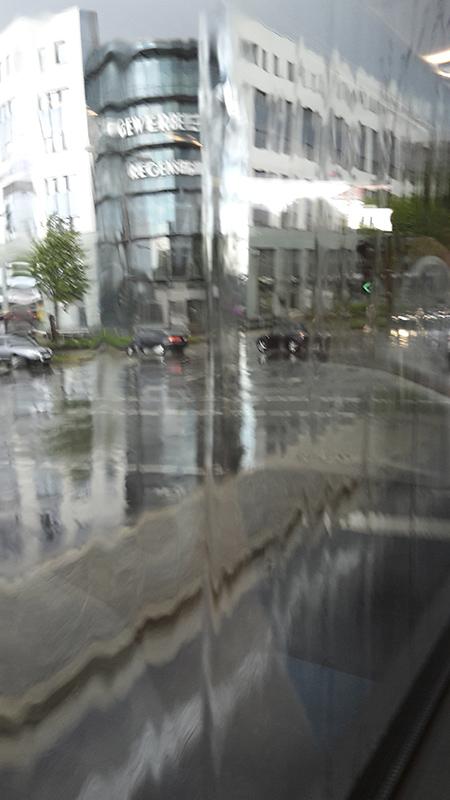 Azt gondoltam eső esik...