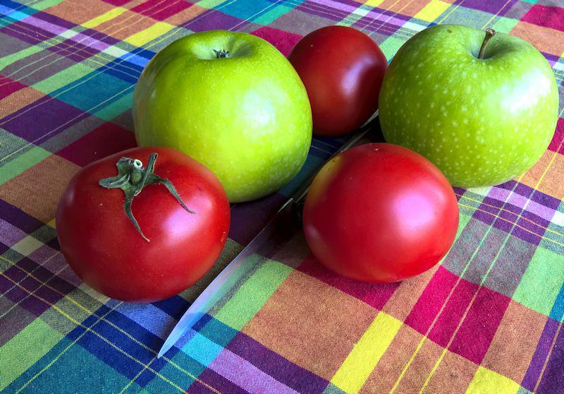 Almák és paradicsomok