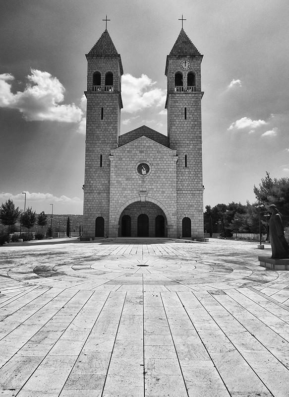 365/47 - egy horvát templom
