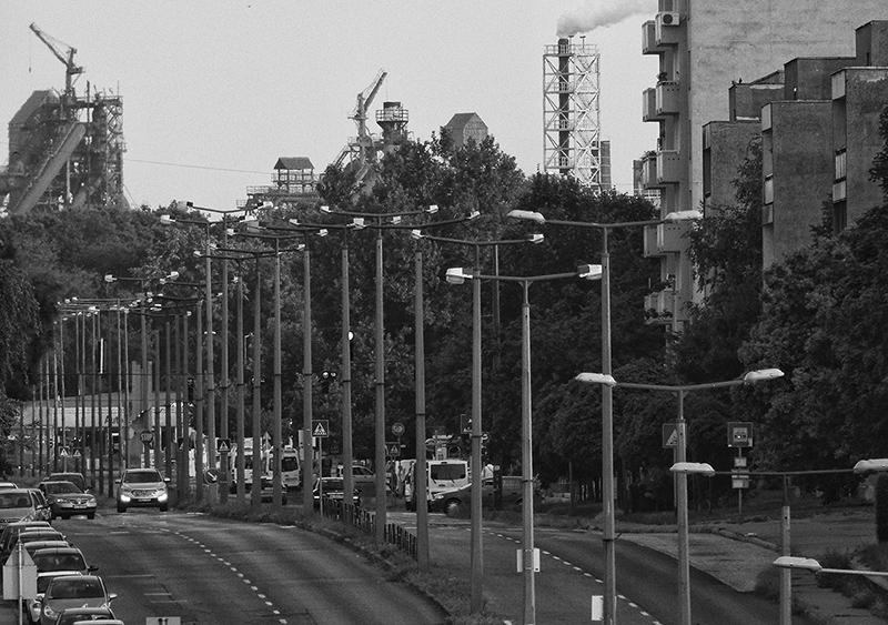 365/72 - Iparváros