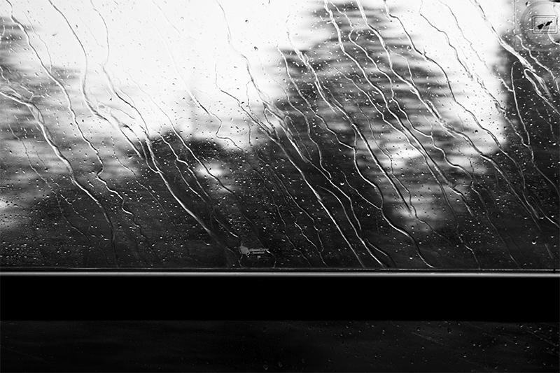 Eső a vonatból