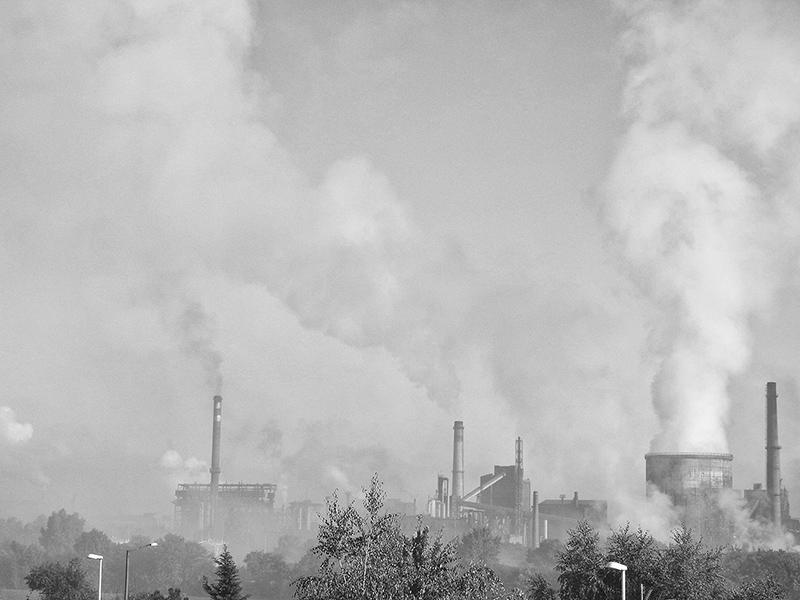 365/144 - ködgyár