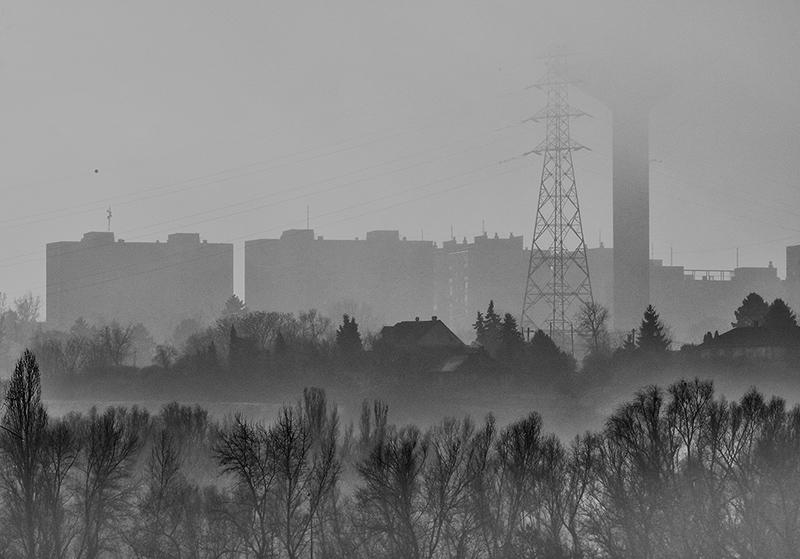 365/211 - még mindig köd