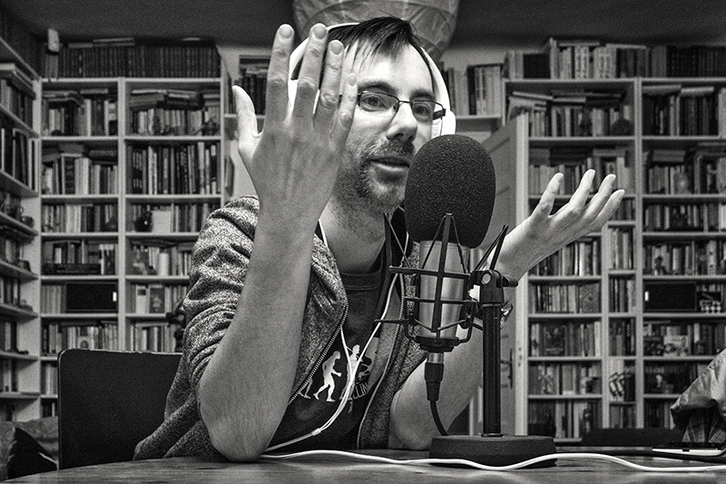 365/220 - Bandi rádióz