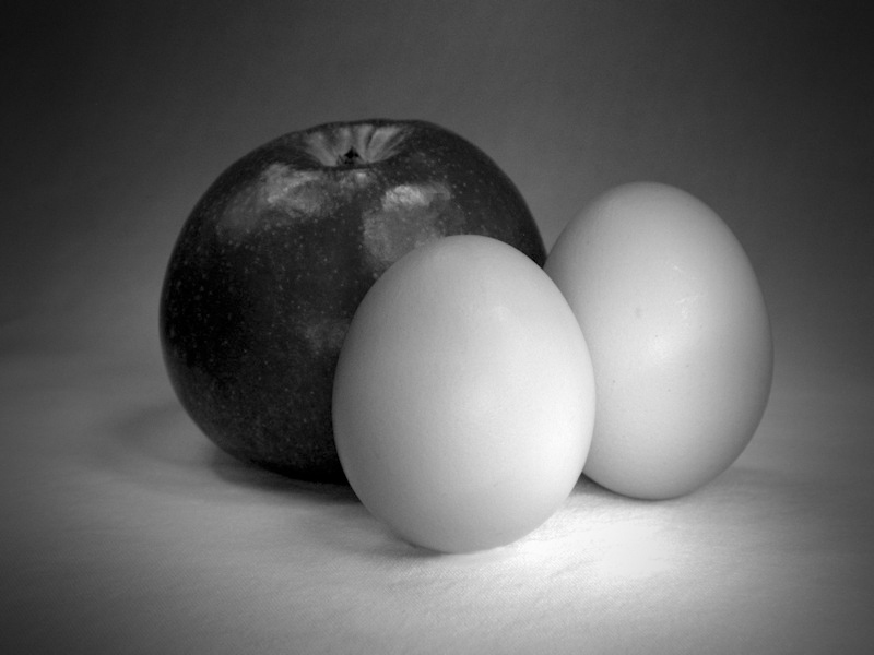 Alma tojásokkal