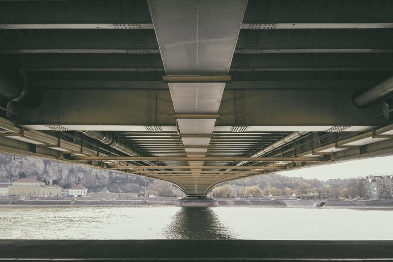 Putto 365/307 - híd alatt