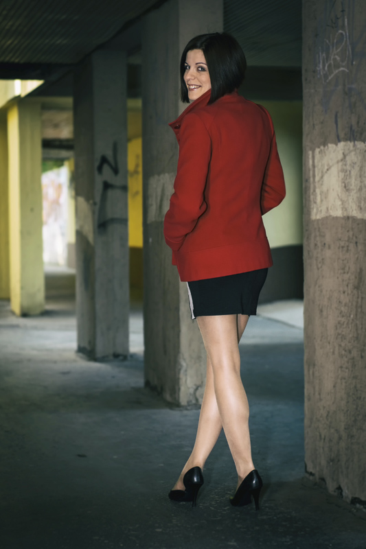 Lány vörösben