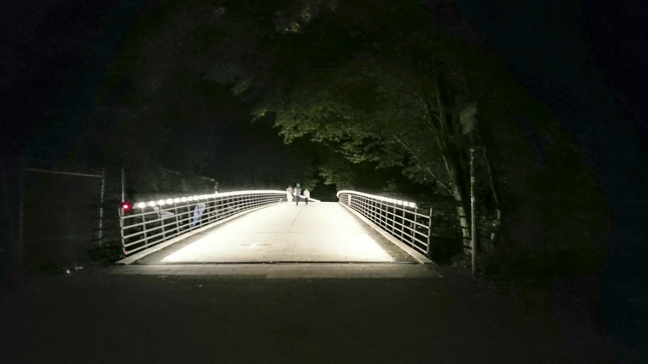 Lux Bridgewalker