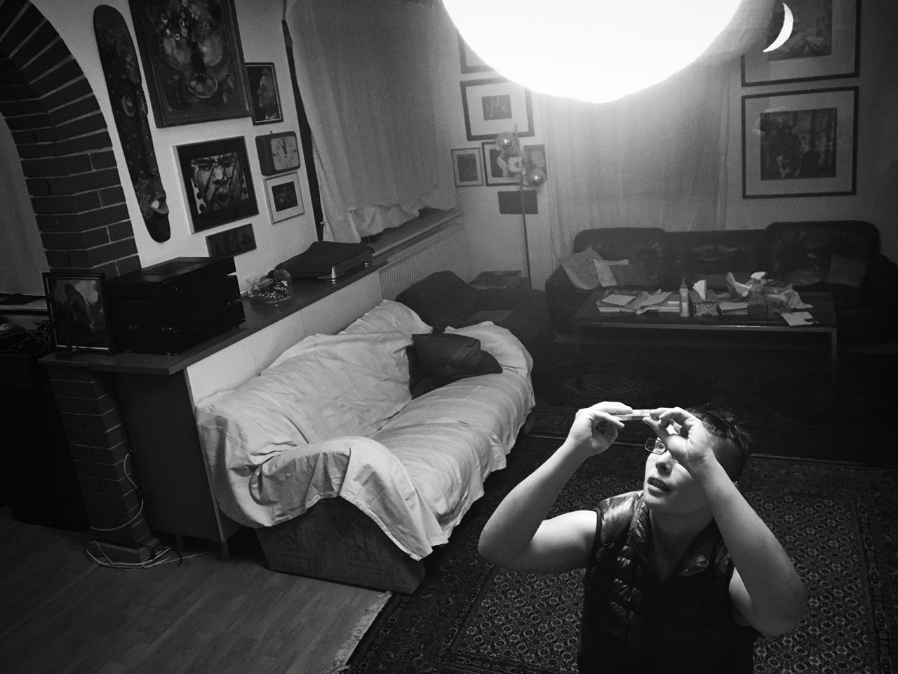 365/148 - Napimádó a nappaliban