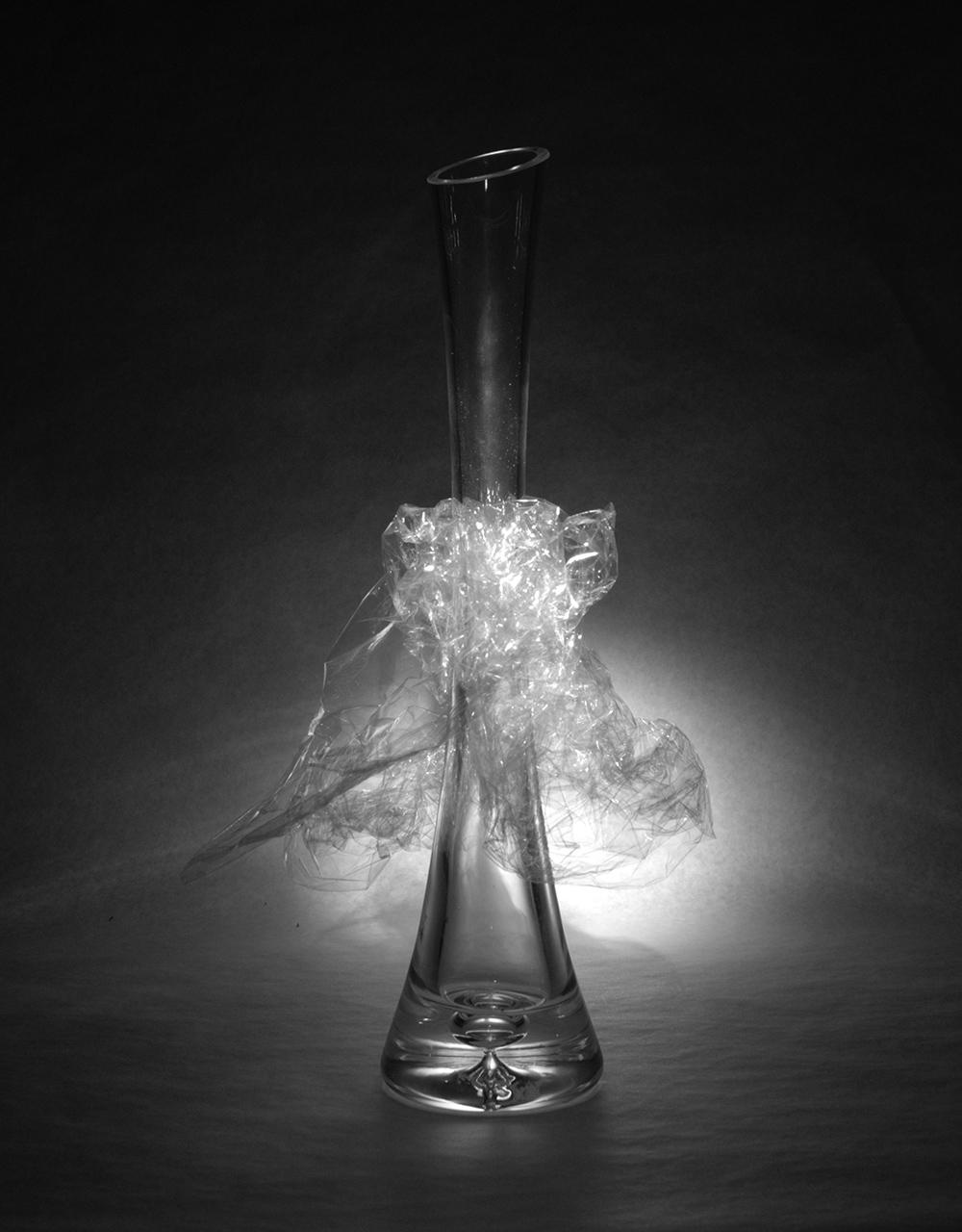 Váza és fólia kísérlet