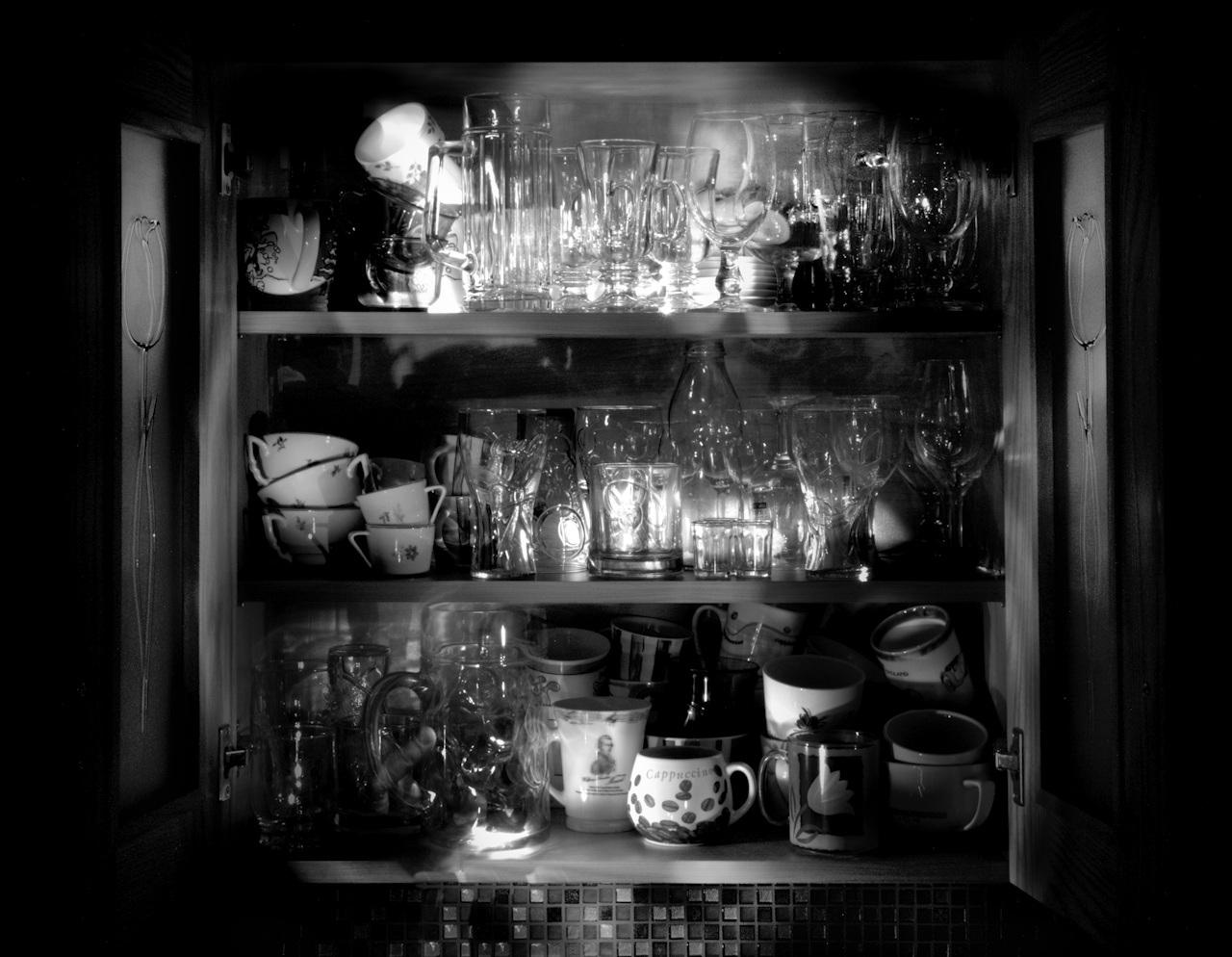 Mélyportré a konyhaszekrényről