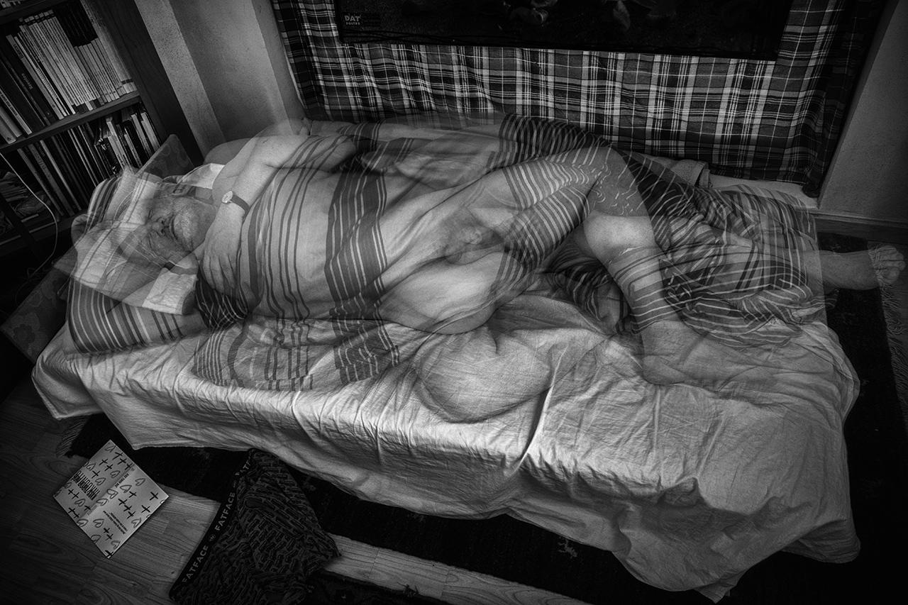 365/262 - Ágyban