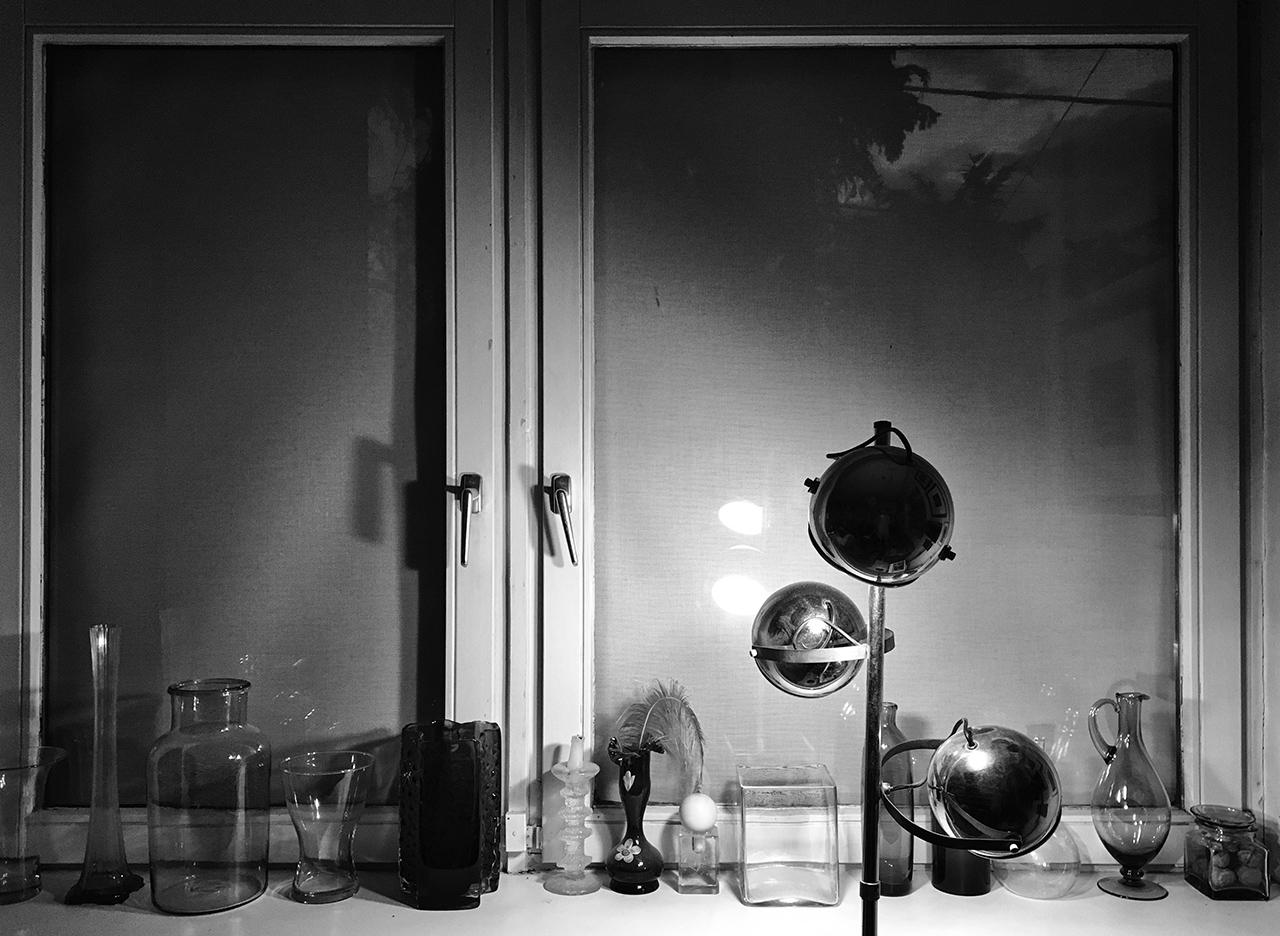 365/352 - Nyáresti ablak