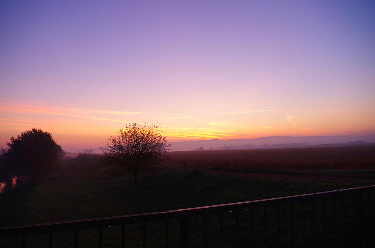Őszi hajnal