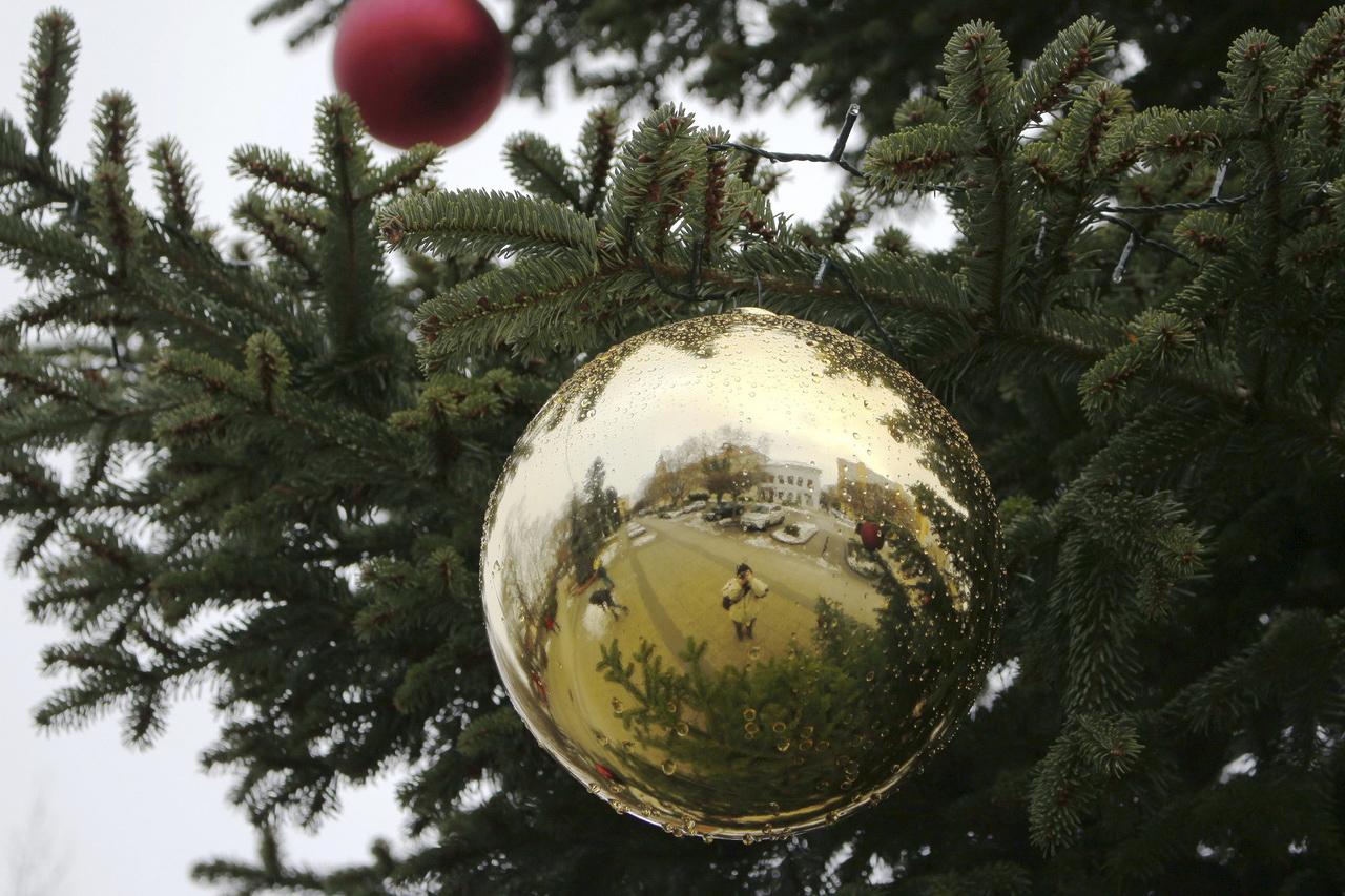 December közepe