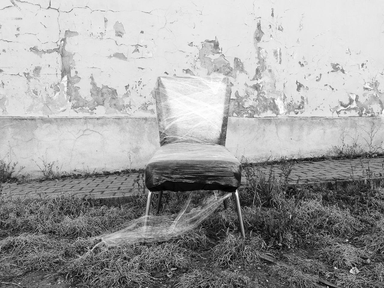 kényelmes köztéri ülőbútor