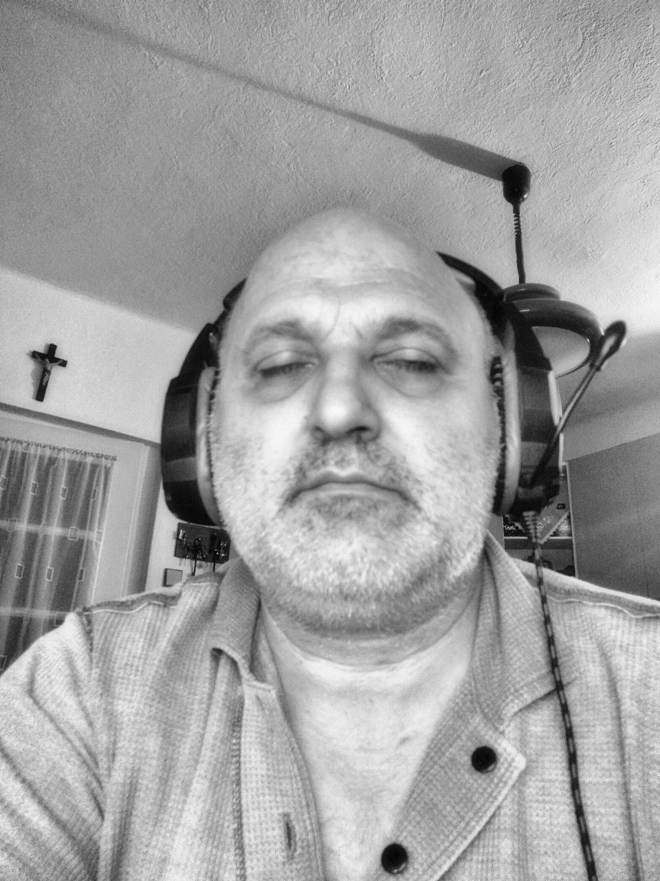 Marathoni rádióhallgatásom