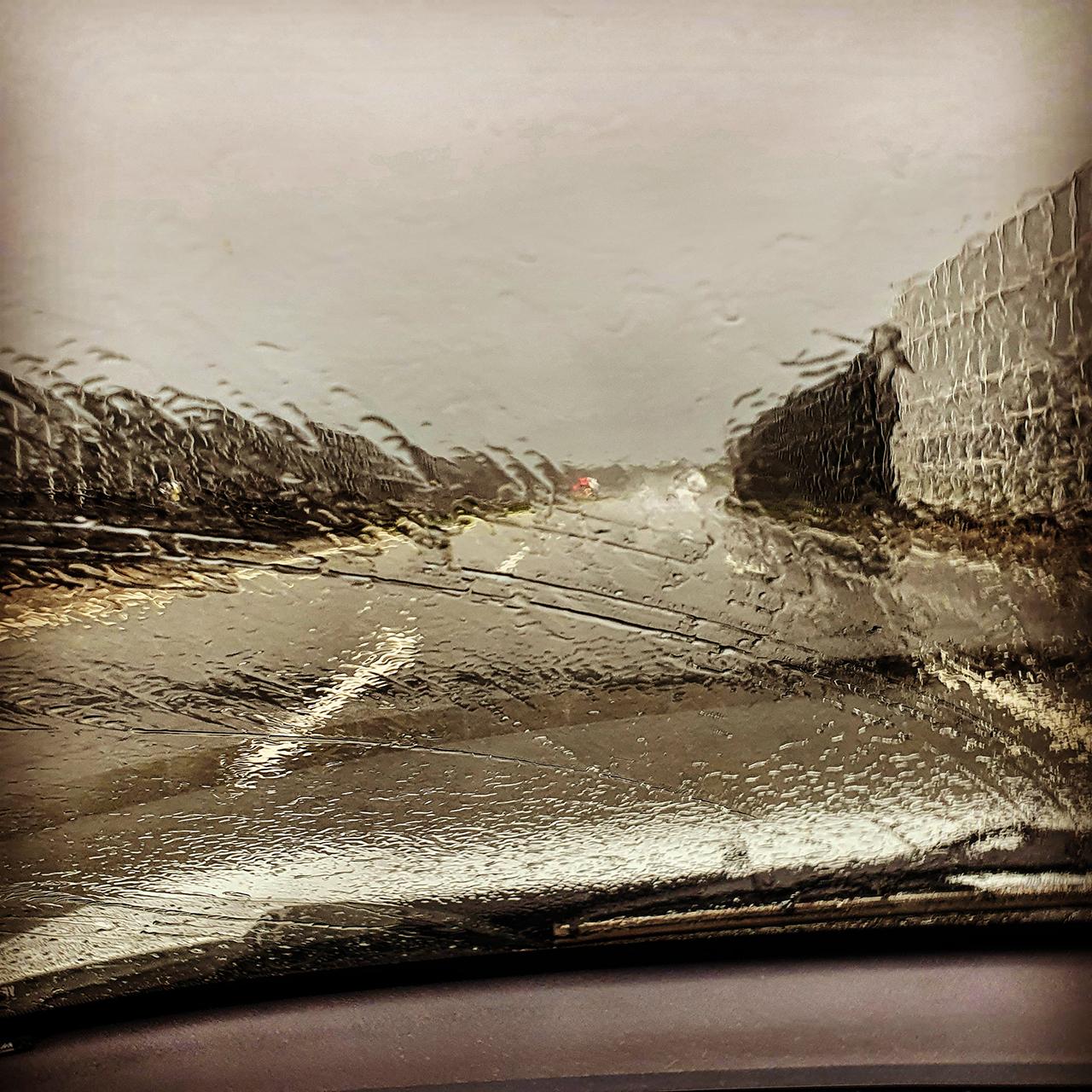 Esős út