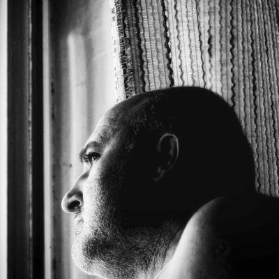 Önarckép az ablaknál